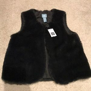 NEW** Gap Faux Fur Vest